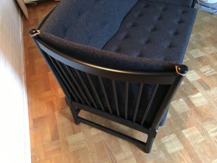 Sort Børge Mogensen sofa med nyt hyndesæt i koksgrå uld