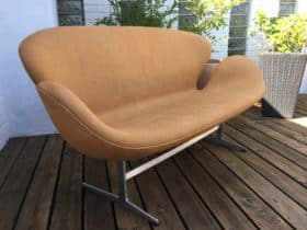 Arne Jacobsen Svane sofa i Vintage Anilin